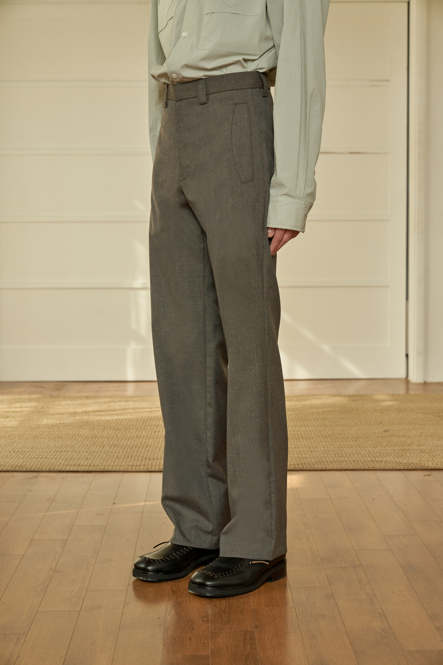 Round Pocket Slacks Wood Brown