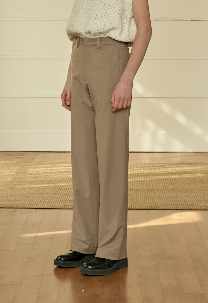 Round Pocket Slacks Beige